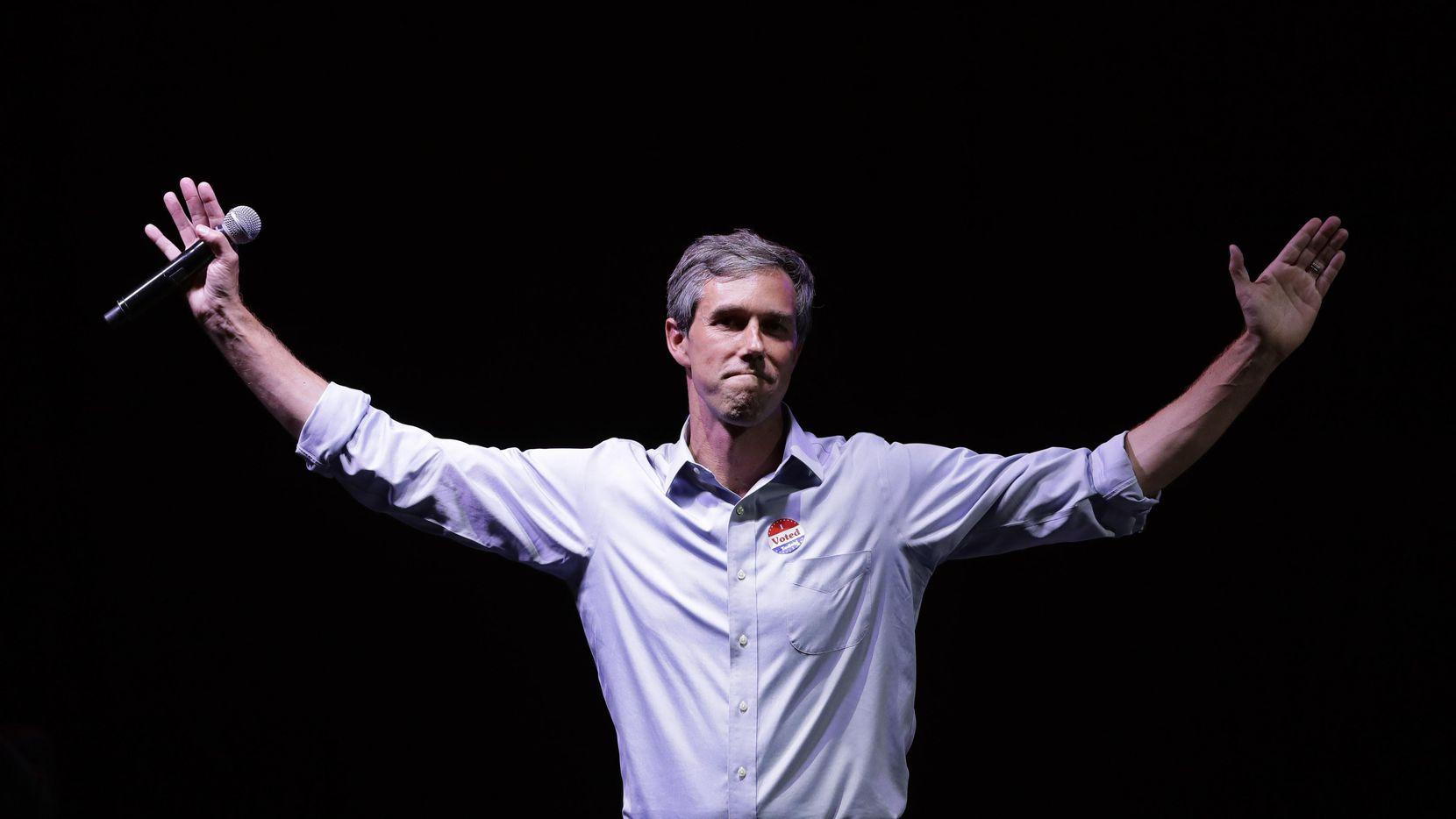 El candidato demócrata Beto O'Rourke dio su discurso de concesión en El Paso, luego de perder la elección por el senado ante el republicano Ted Cruz.(AP)