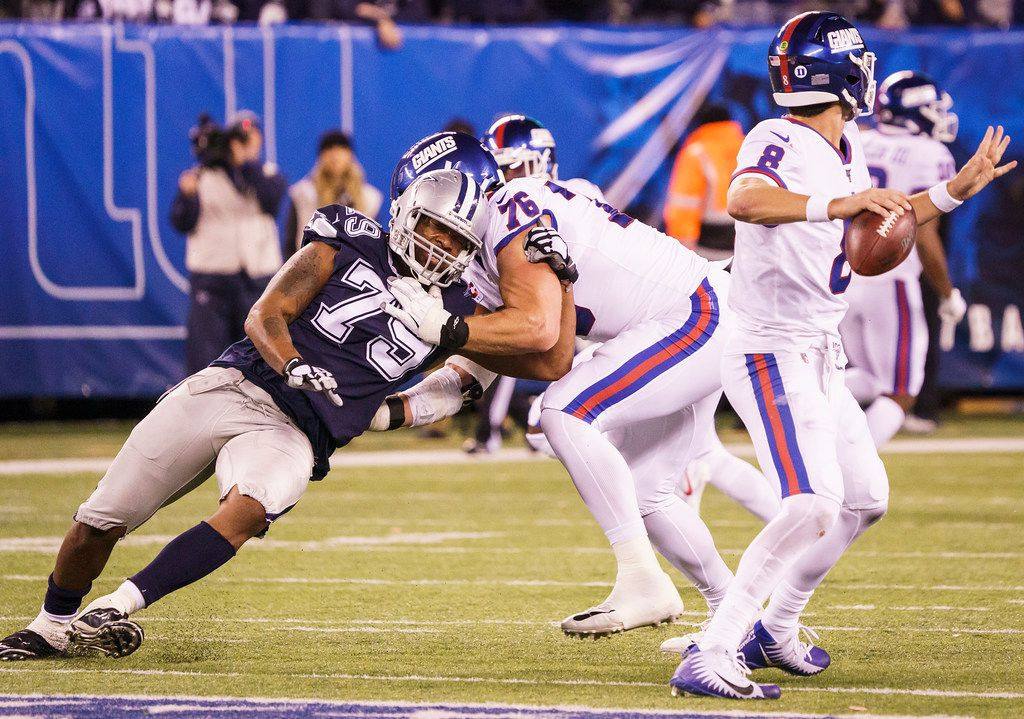 Dallas Cowboys defensive end Michael Bennett (79) tries to get around the block of New York Giants offensive tackle Nate Solder (76) as he rushes quarterback Daniel Jones (8) during the second half of an NFL football game, Monday, Nov. 4, 2019, in East Rutherford, N.J. . (Smiley N. Pool/The Dallas Morning News)