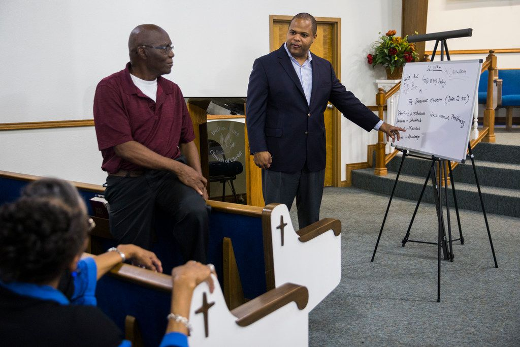 State Rep. and Dallas mayoral candidate Eric Johnson chats with a Bible study group at Dallas West Church of Christ, which he attended while growing up.