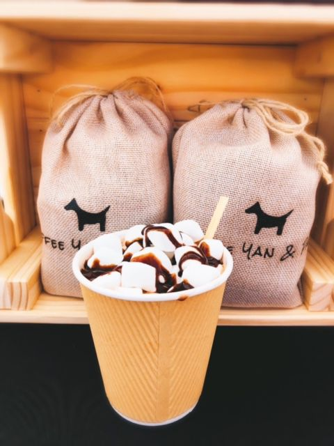 Coffee Yan and Paws offers coffee by the pound as well as coffee drinks and other beverages.
