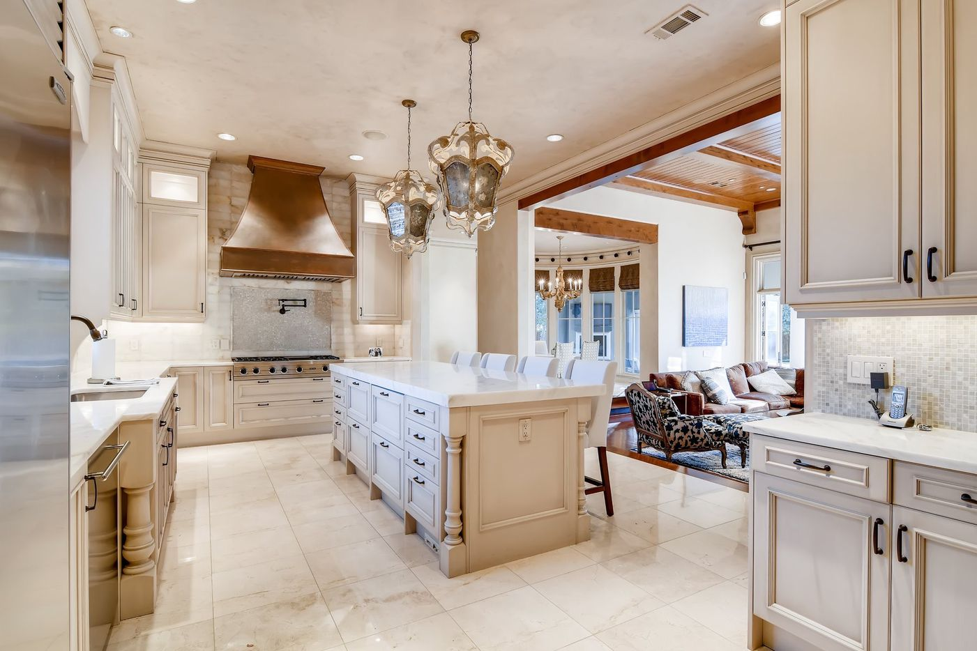 A look at the property at 4346 Park Lane in Dallas.