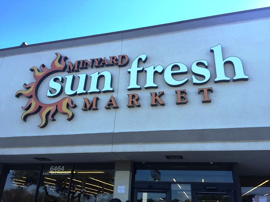 A dozen Albertsons and Tom Thumb stores in the Dallas area were converted to Minyard Sun Fresh Market in 2015.