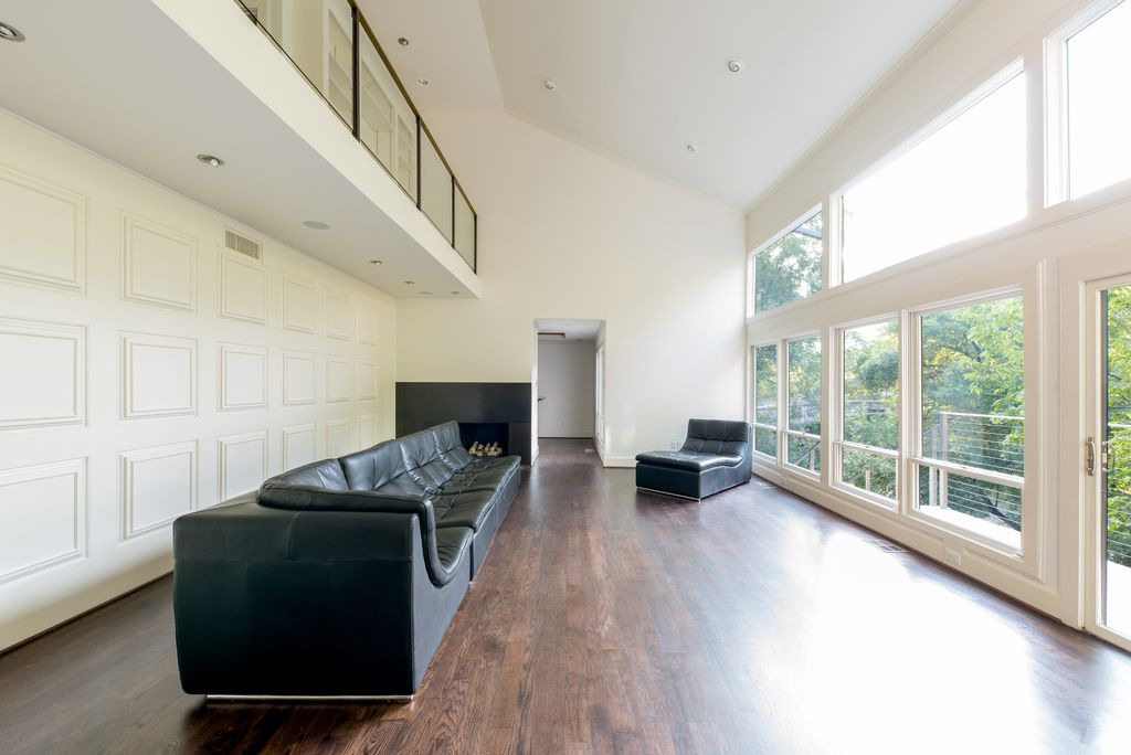 A look at the property at 2817 Park Bridge Court in Dallas.