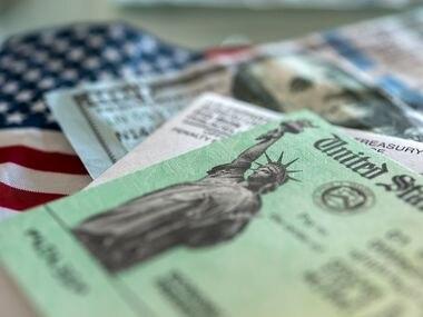 Los dependientes económicos que tengan SSN, sin importar su edad, podrán recibir el tercer cheque de estímulo por $1,400.