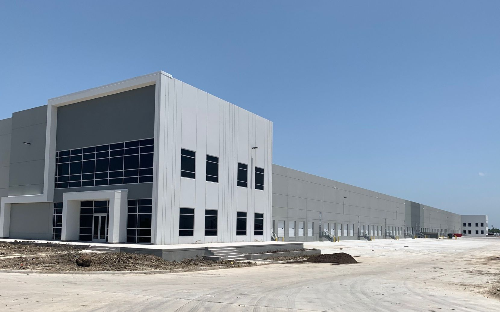 Dalfen Industrial bought the Mark IV Commerce Center in North Fort Worth.