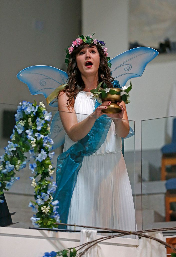 Lauren Stroh performs during a dress rehearsal for a Dallas Bach Society production of Henry Purcell's The Fairy Queen Saturday at Northaven United Methodist Church in Dallas.