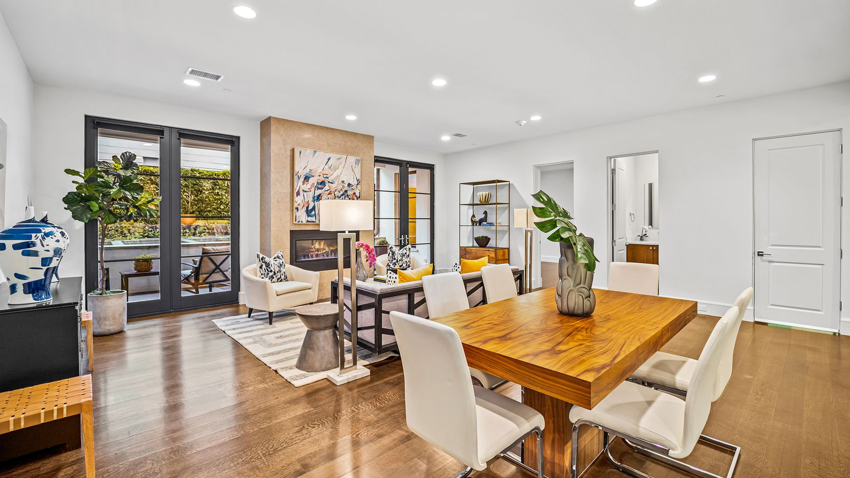 The one-bedroom, 1½-bathroom condo at 4502 Abbott Ave. is move-in ready,