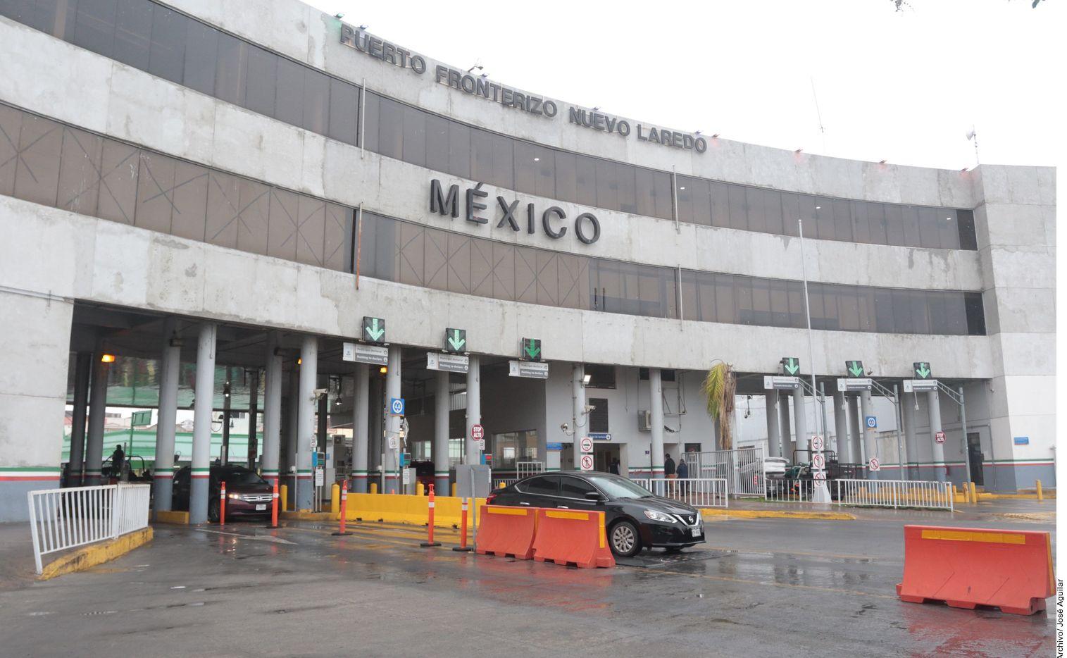 """La reunión bilateral del martes entre Alejandro Mayorkas y Marcelo Ebrard es para hablar sobre el fin de la prohibición de viajes terrestres """"no esenciales"""" de mexicanos a Estados Unidos."""