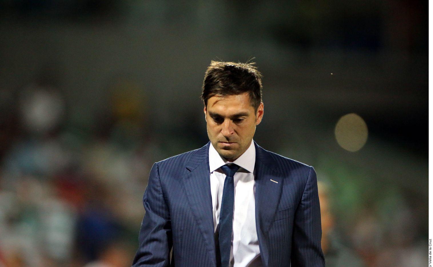 El club anunció la salida del DT de la institución regiomontana.