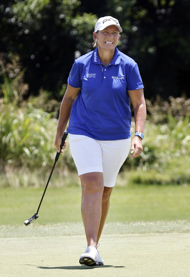 Professional golfer Angela Stanford of Saginaw, TX reacts to her missed putt on No. 18 during the opening round of the LPGA VOA Classic at the Old American Golf Club in The Colony, Texas, Thursday, July 1, 2021. (Tom Fox/The Dallas Morning News)