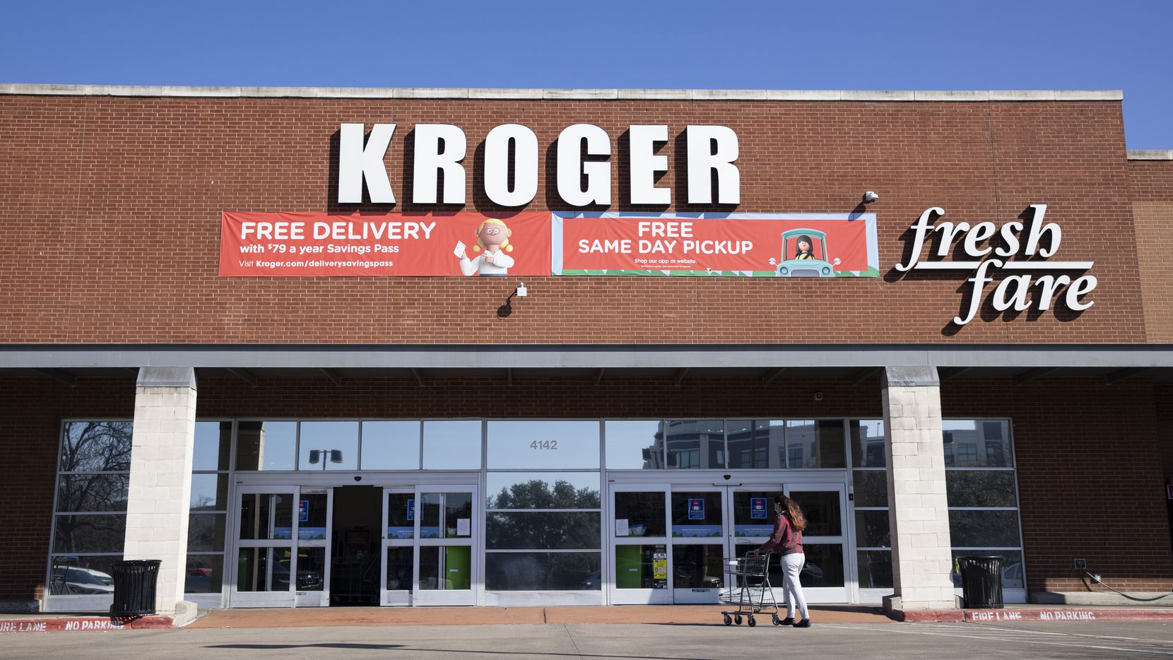 The exterior of the Oak Lawn Kroger grocery store on Cedar Springs Road in Dallas.