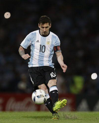 Messi es el capitán de la selección argentina. Foto AP