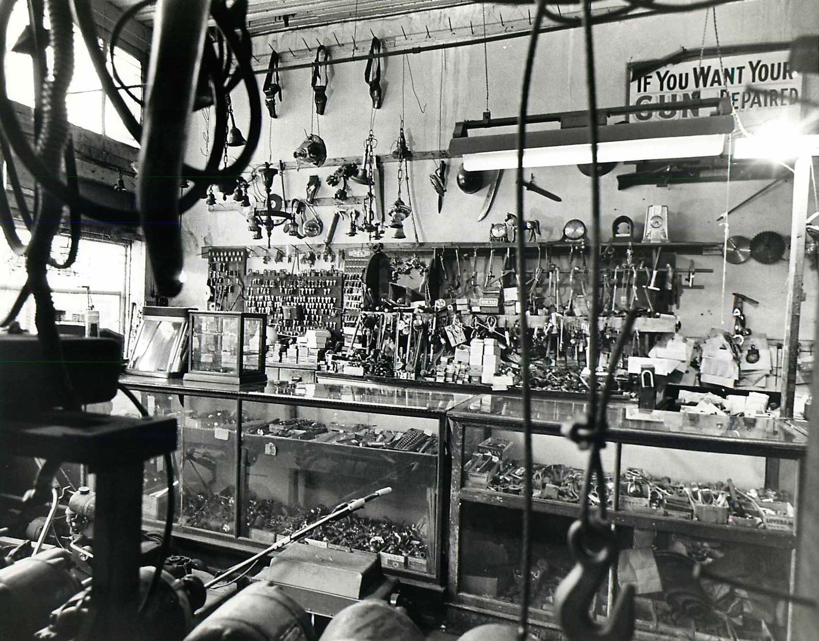 Jan. 15, 1971 - Pawnshop in Deep Ellum.