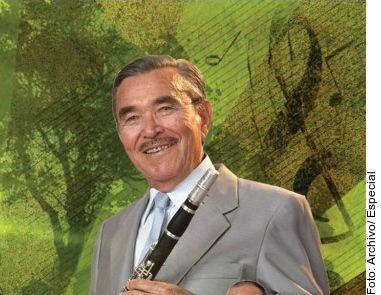 El músico Salvador Lizárraga, fundador de La Original Banda el Limón, murió de causas no reveladas, se indicó en un comunicado difundido en redes.