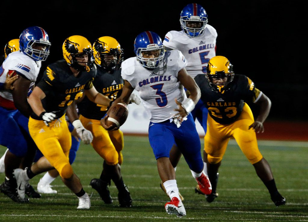 South Garland RB Jaquarion Turner (3) navigates through a group of Garland defenders for a couple of yards during the first half of a high school football game at Williams Stadium in Garland, Thursday, September 20, 2018. (John F. Rhodes / Special Contributor)