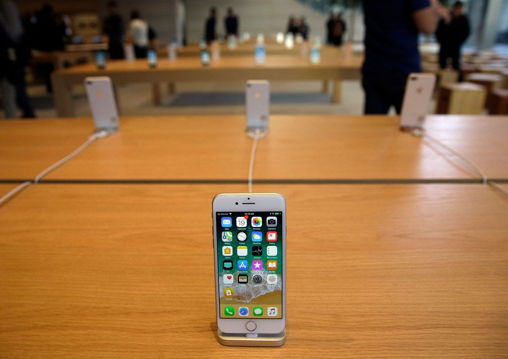 Watching an iPhone die a premature death is distressing and costly, Watchdog Dave Lieber says.
