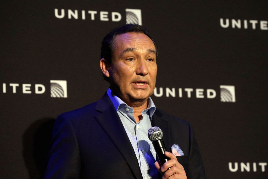 """FILE - In this Thursday, June 2, 2016, file photo, United Airlines CEO Oscar Munoz delivers remarks in New York, during a presentation of the carrier's new Polaris service, a new business class product that will become available on trans-Atlantic flights. Munoz said in a note to employees Tuesday, April 11, 2017, that he continues to be disturbed by the incident Sunday night in Chicago, where a passenger was forcibly removed from a United Express flight. Munoz said he was committed to """"fix what's broken so this never happens again."""" (AP Photo/Richard Drew, File)"""