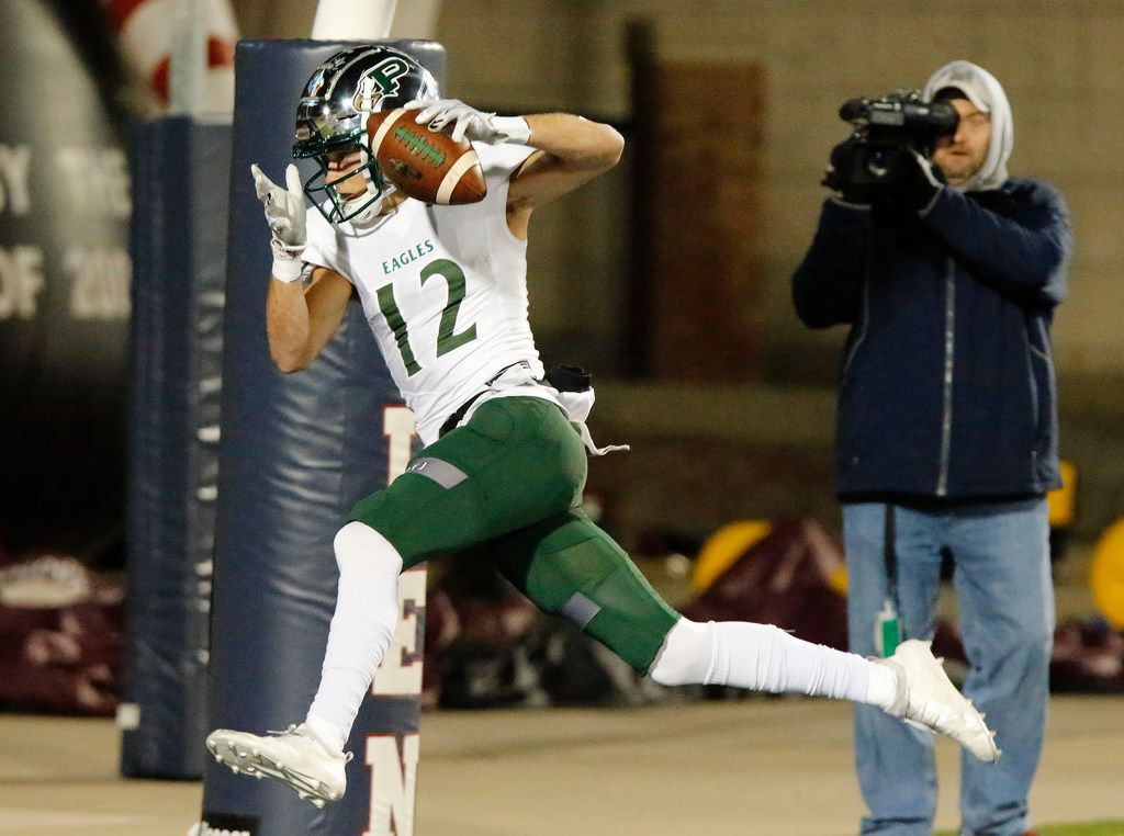 Prosper High School wide receiver Hayden Metcalf (12) catches the games first touchdown during the first half as Prosper High School hosted Mesquite High School in a Class 6A Division I area-round playoff game at Eagle Stadium in Allen on Friday night, November 22, 2019. (Stewart F. House/Special Contributor)