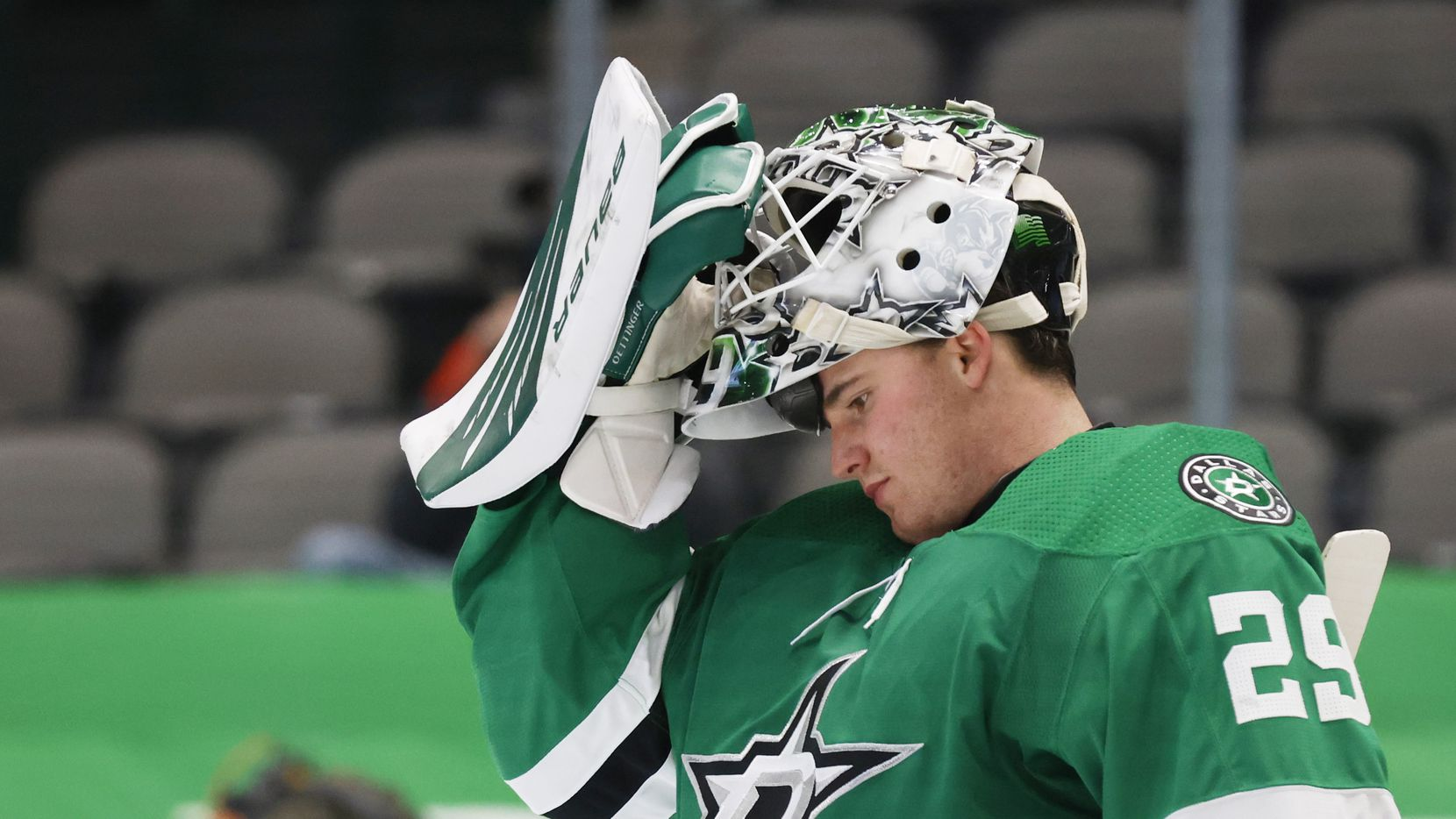 Dallas Stars goaltender Jake Oettinger (29) gets ready for the start of the second period of play against the Chicago Blackhawks at American Airlines Center on Tuesday, February 9, 2021in Dallas.