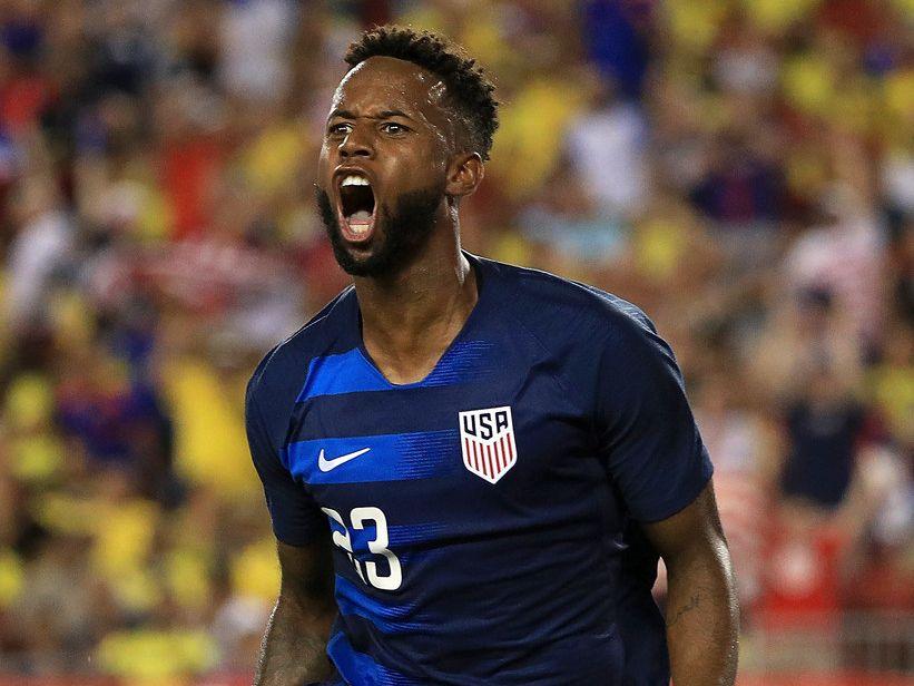 El mediocampista de la selección de Estados Unidos, Kellyn Acosta, celebra un gol durante un juego amistoso contra Colombia en el Estadio Raymond James, el 11 de octubre de 2018 en Tampa, Florida. (Foto de Mike Ehrmann / Getty Images)