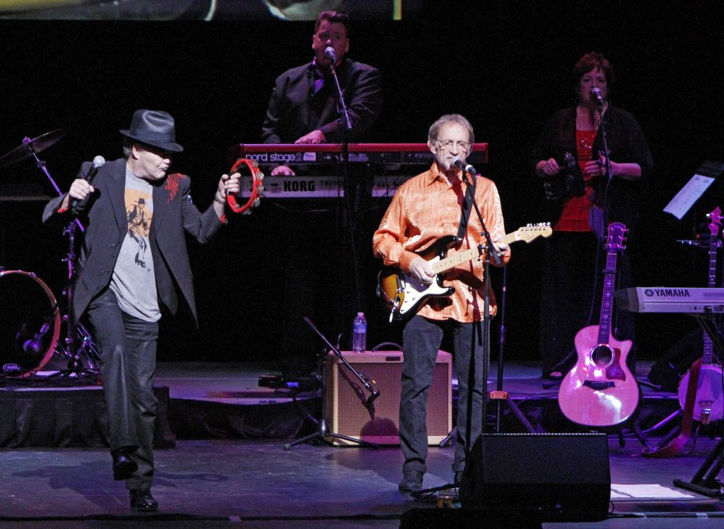 Mickey Dolenz, left, and Peter Tork, of the musical group The Monkees, perform on Tuesday, June 28, 2015 at the Winspear Opera House in Downtown Dallas. Ben Torres/Special Contributor