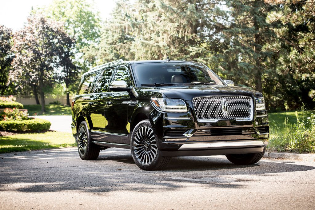 The 2018 Lincoln Navigator has a 450-horsepower V-^ engine paired to a 10-speed transmission.