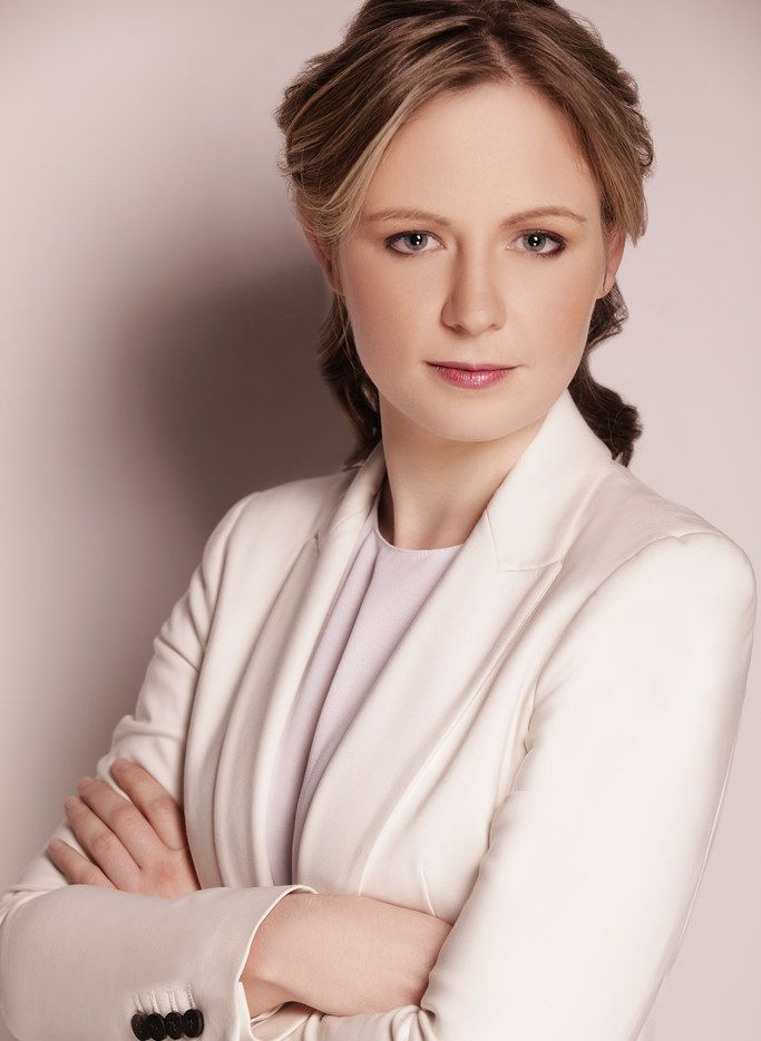 Gemma New, the Dallas Symphony's principal guest conductor.