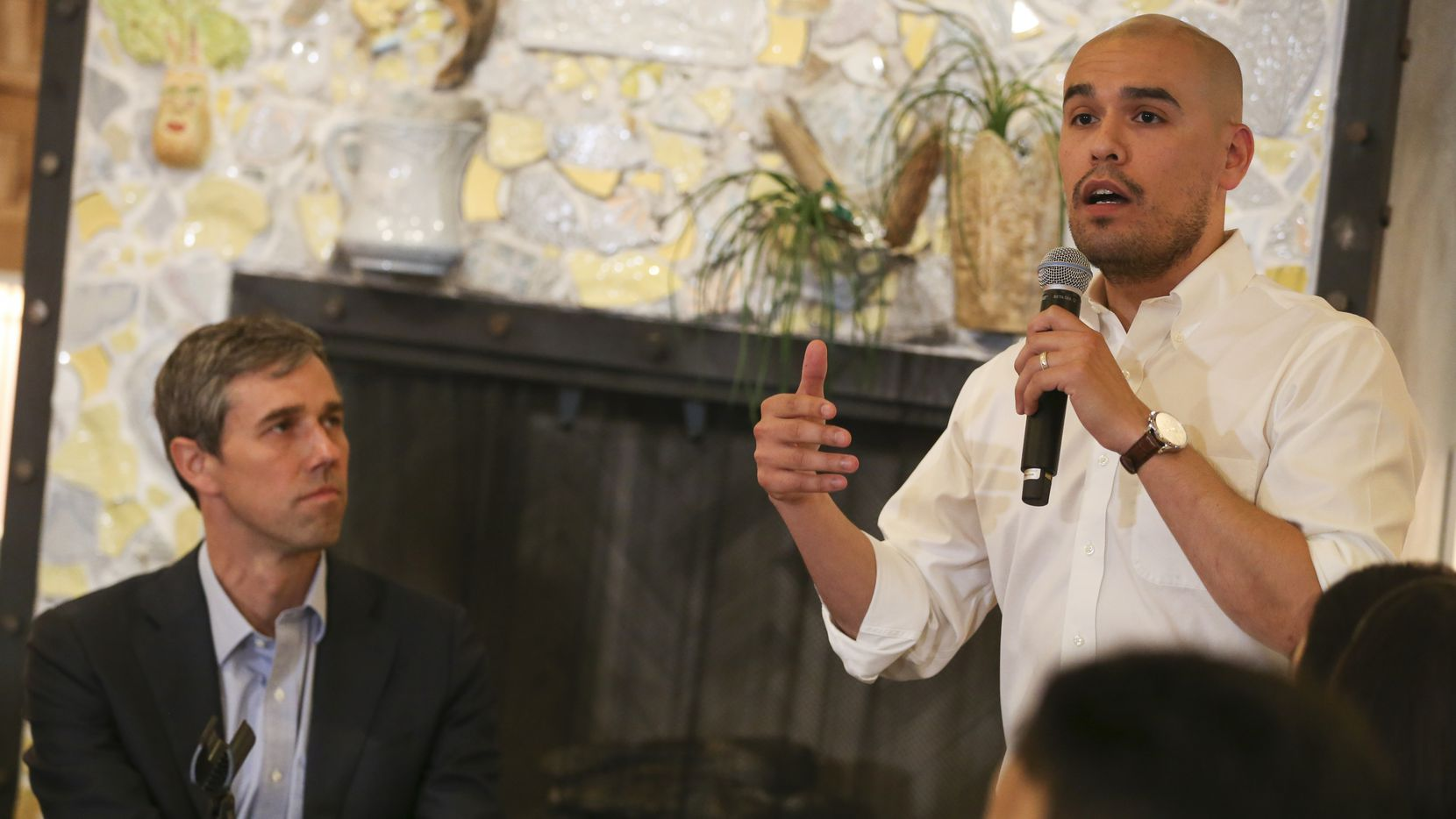 DISD Trustee Miguel Solis introduces presidential candidate Beto O'Rourke speaks during a round table event at Casa Komali restaurant on Thursday, May 30, 2019 in Dallas. (Ryan Michalesko/The Dallas Morning News)