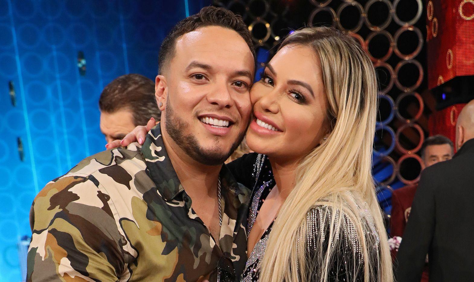"""Lorenzo Méndez y Chiquis Rivera durante el programa de televisión """"Don Francisco Te Invita"""", el 20 de septiembre de 2018."""