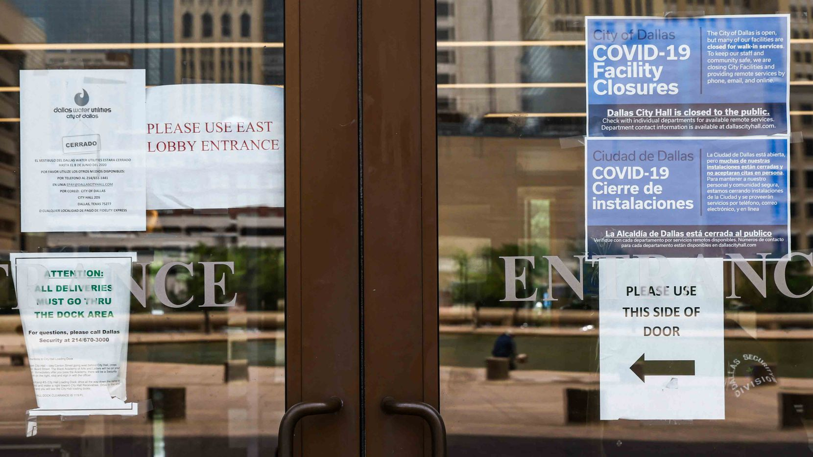 The City of Dallas is continuing to operate virtually with its City Hall Building remaining closed to the public in Dallas on Monday, June 14, 2021. (Lola Gomez/The Dallas Morning News)