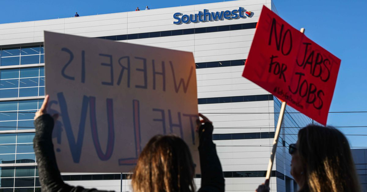 Federal judge tosses attempt by Southwest Airlines pilots to stop vaccine mandate