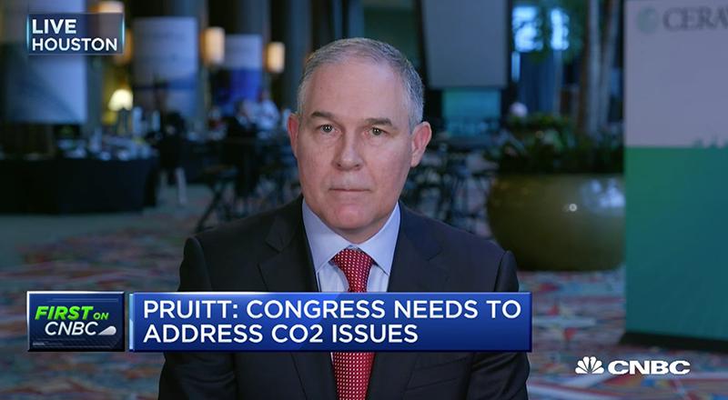 El administrador de Agencia de Protección Ambiental de Estados Unidos Scott Pruitt. (FOTO DE PANTALLA/CNBC)