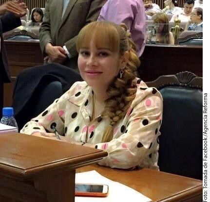 La Cámara de Diputados retiró el fuero a la diputada Lucero Sánchez, quien fue vinculada con el narcotraficante Joaquín 'El Chapo' Guzmán.