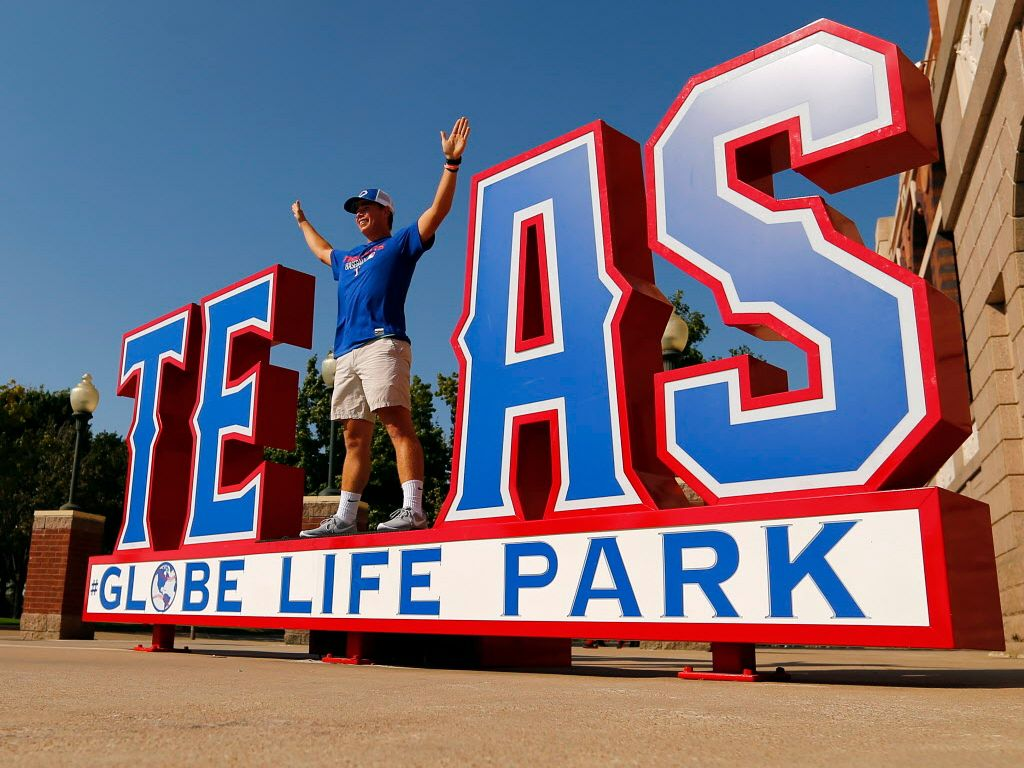 Texas Rangers fan Billy McGee of Strakville, MS poses as the X in Texas outside the gates  before the ALDS Series game between Texas Rangers and Toronto Blue Jays at Globe Life Park in Arlington, Sunday October 11, 2015. (Tom Fox/The Dallas Morning News)