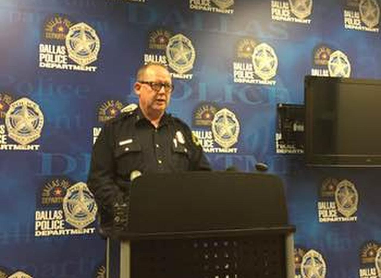 El jefe asistente de Policía, Randy Clankenbaker, discutió el incidente del domingo cuando una subestación fue baleada (DMN/DMN)