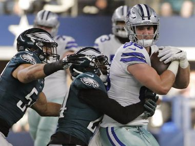 FILE - Cowboys tight end Dalton Schultz (86) catches a pass against the Eagles at AT&T Stadium in Arlington on Sunday, Dec. 9, 2018.