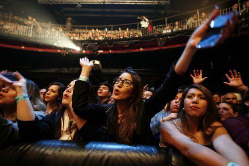 El público estuvo entregado a Julieta Venegas, el domingo en el House of Blues. BEN TORRES/AL DÍA