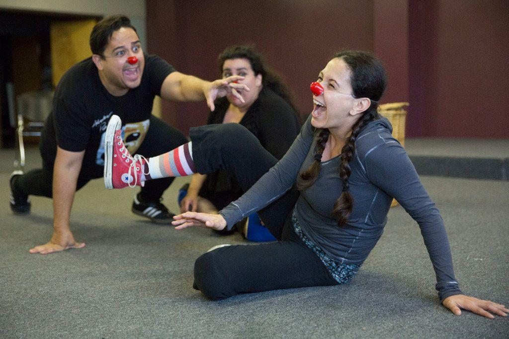Actors Shawn Dann (left), Pricilla Rice (center), and Frida Espinosa Muller (CQ) (right), rehearse a scene from La Nuestra Pastorela  Nov. 6.