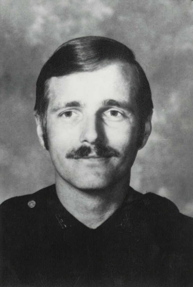 Darrell Cain, the former Dallas police officer convicted in the killing of Santos Rodriguez, in his official police department portrait.