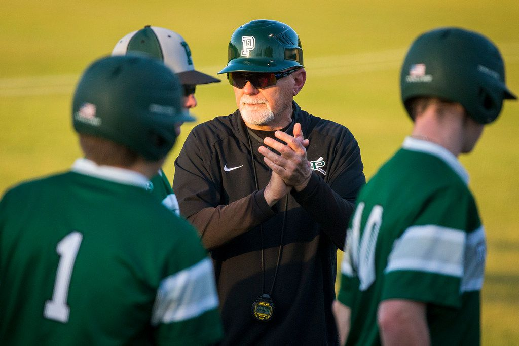 Prosper coach Rick Carpenter encourages his players before a game against Lake Dallas in 2018. (Smiley N. Pool/The Dallas Morning News)