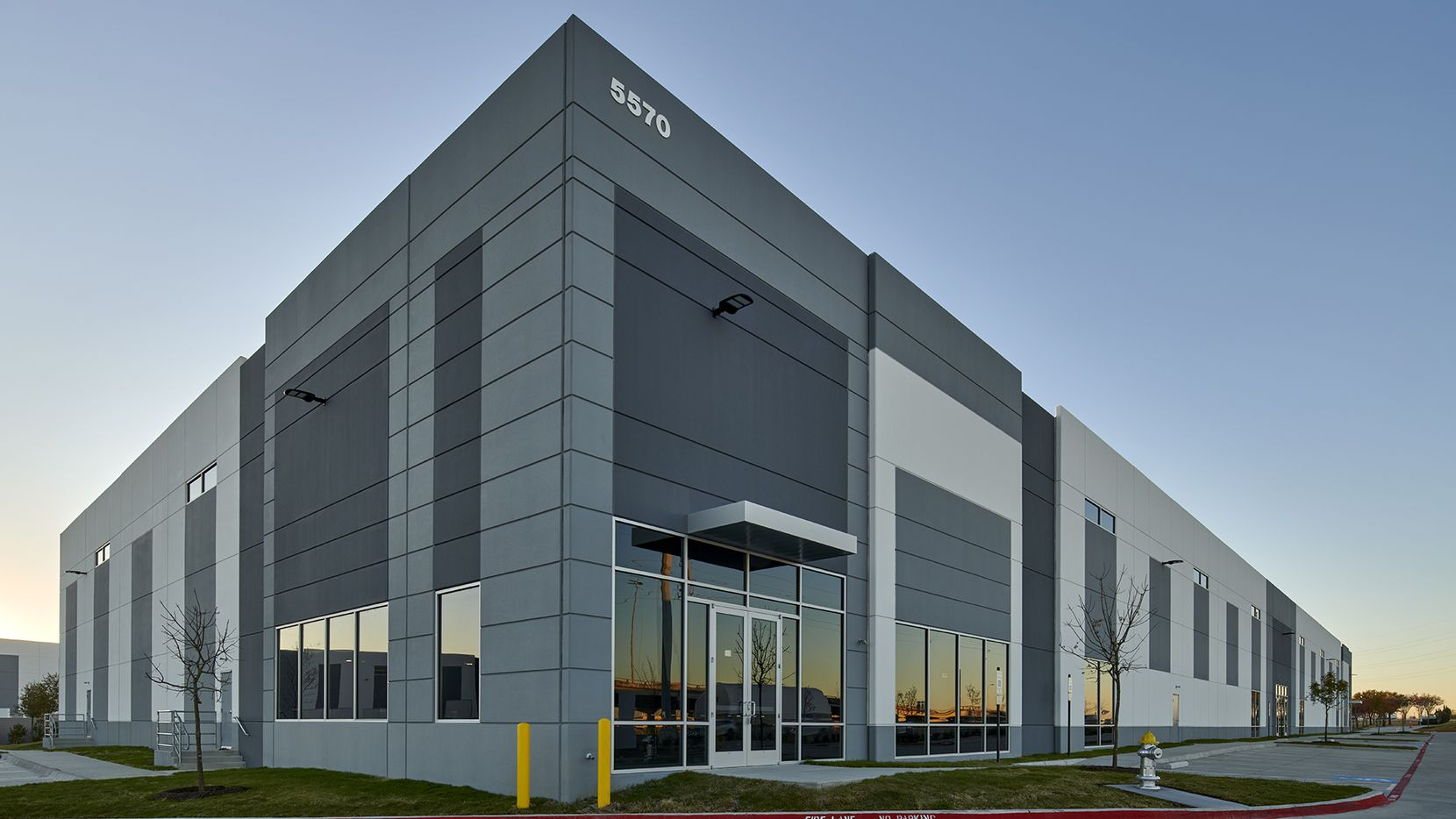 Skyline Commercial Center has almost 200,000 square feet.