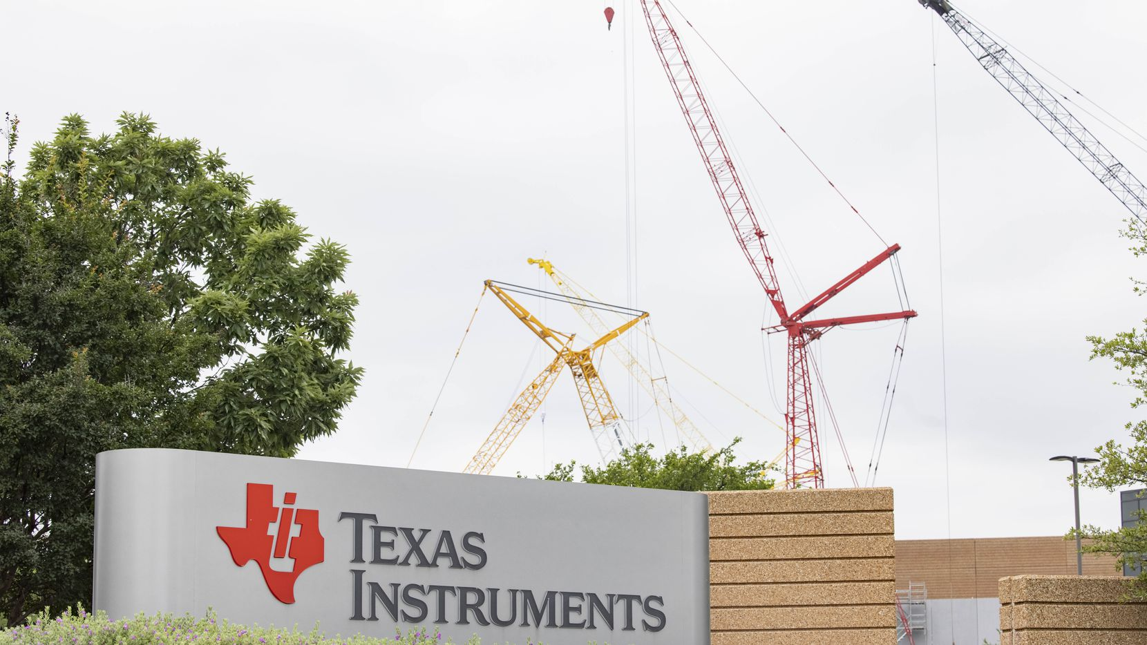 The entrance to the Texas Instruments plant in Richardson.