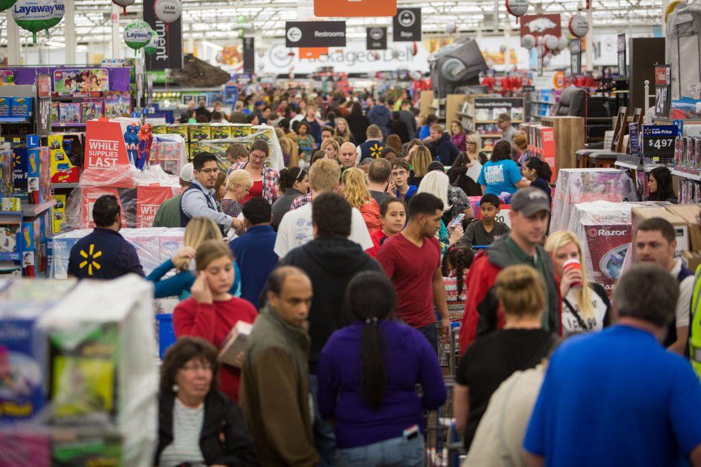 Las compras de Black Friday podrían verse muy diferentes este año. Walmart, por lo pronto, optó por permanecer cerrado durante Thanksgiving.