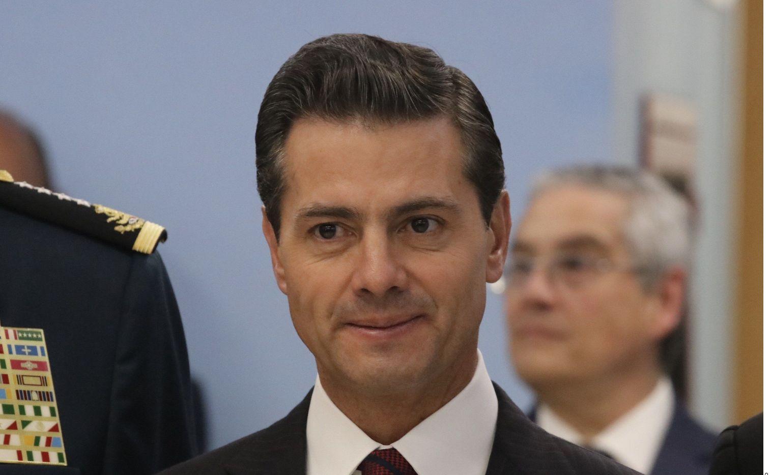 Enrique Peña Nieto reapareció este fin de semana en una boda en un exclusivo hotel de Punta Cana en República Dominicana.