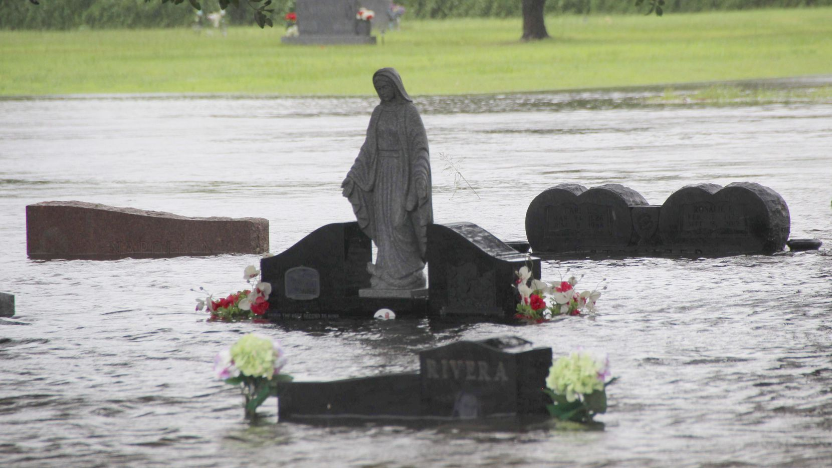 The South Park Cemetery in Pearland, Texas, is flooded by rains from Hurricane Harvey on August 29, 2017.