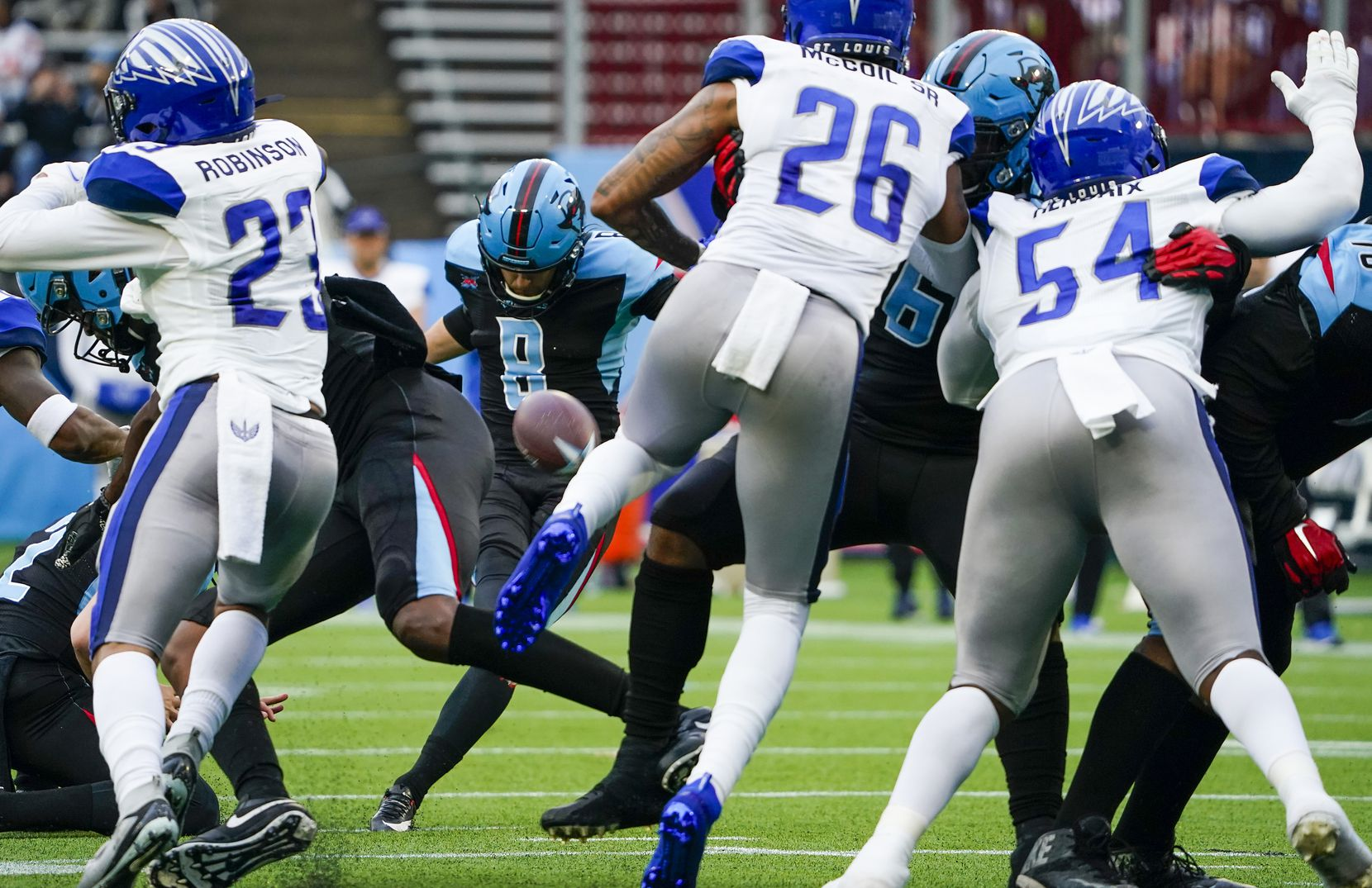 Dallas Renegades kicker Austin MacGinnis (8) connects on a 32-yard field goal for the first points in franchise history during the teamÕs inaugural XFL football game against the St. Louis Battlehawks at Globe Life Park on Sunday, Feb. 9, 2020, in Arlington.