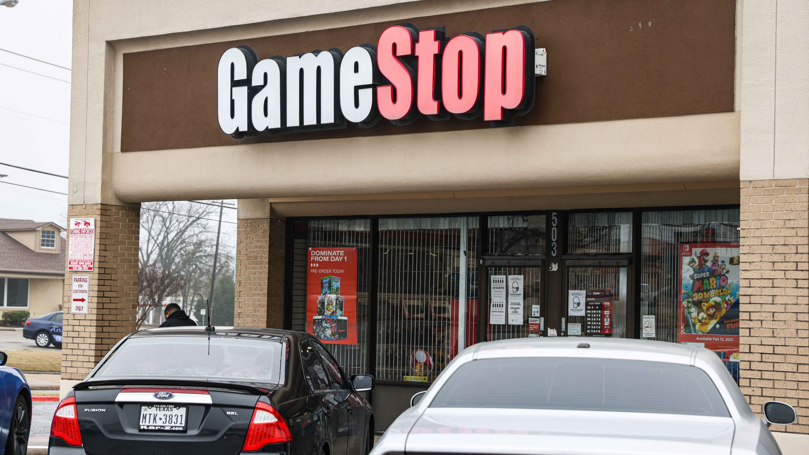 A GameStop location on North Galloway Avenue in Mesquite.
