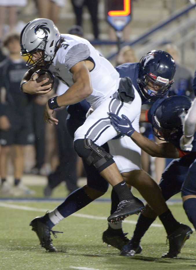 Denton Guyer's Eli Stowers (3) looks for running room in the third quarter of a high school football game between Denton Guyer and Allen, Friday, Nov. 13, 2020, in Allen, Texas. (Matt Strasen/Special Contributor)