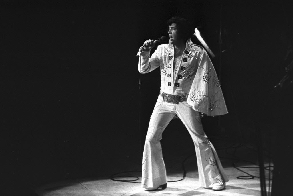 Elvis Presley on stage at Madison Square Garden in New York, June 8, 1972. (Larry Morris/The New York Times)