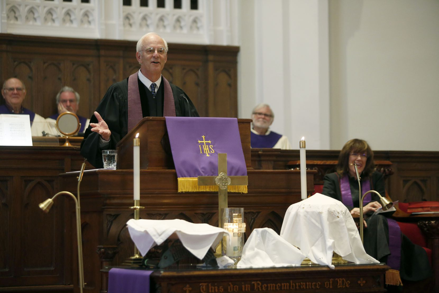 Bryan took to the pulpit in March at Grace United Methodist, where he served as pastor from 1983 to 1995. (Guy Reynolds/Staff Photographer)